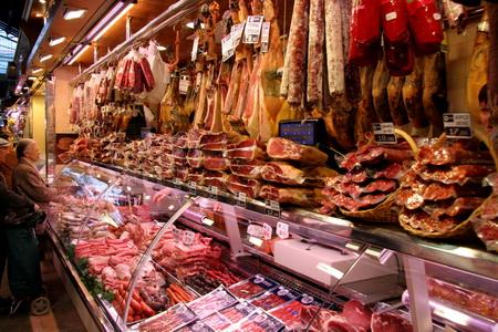 Любой продуктовый рынок в Испании изобилует деликатесами