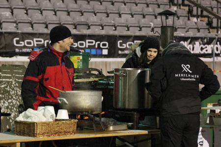 На стадионе действовало несколько кафе
