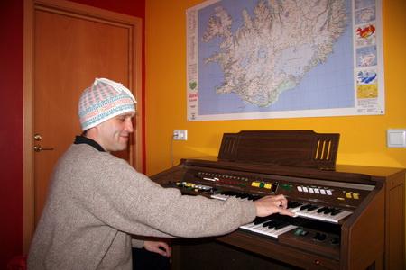 Сочинение музыки - лучший способ борьбы с северной депрессией