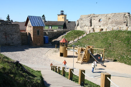Детская площадка в крепости