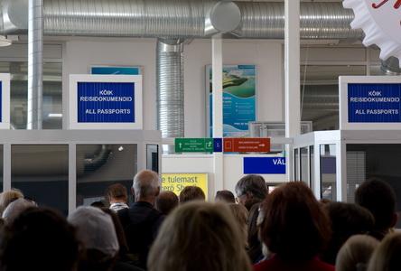 Паспортный контроль в таллиннском порту