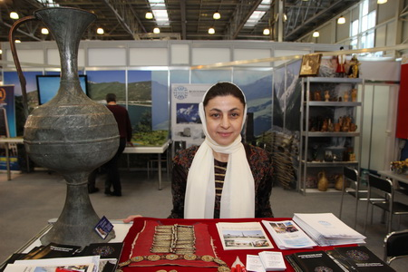 Зулай Хадашева, хранитель музея