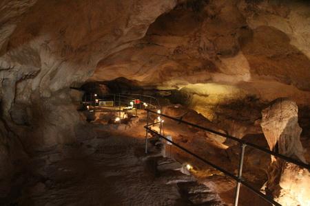 Пещера Гджар Далам