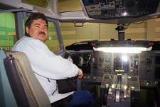 """В """"Школе пилотов Боинга"""" любой может почувствовать себя командиром корабля"""