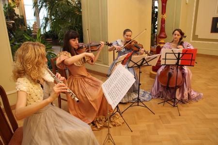 Новогодний бал Юлениссена в Аничковом дворце
