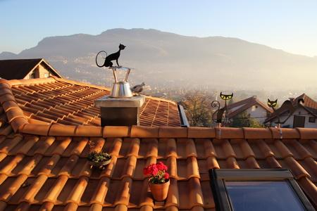 "Вид из ""Kibe"" на крышу и Сараево"