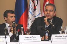Гутали Али, посол Туниса в России (слева), Лотфи Кебайер, генеральный директор HTL (справа)