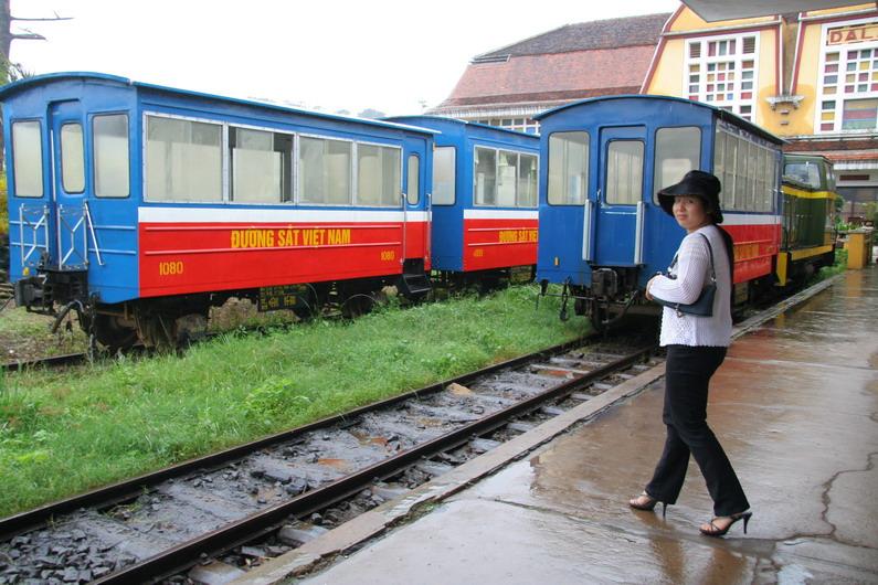 Вечная стоянка французского поезда