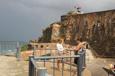 Крепости похожи на огромные круизные лайнеры