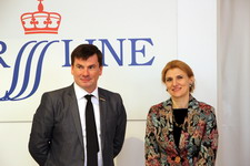 Сергей Котенев, генеральный директор ST. PETER LINE, и Нана Гвичия, генеральный директор Городского туристско-информационного бюро СПб
