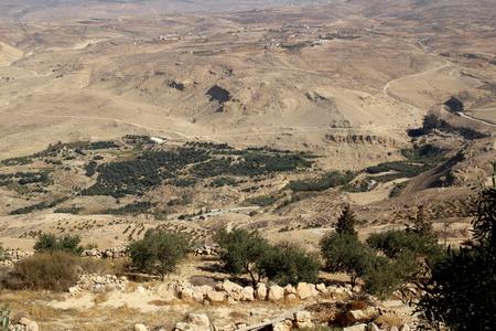 В этих местах жил и умер пророк Моисей