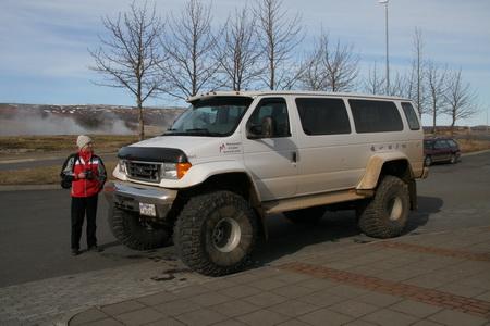 Покупая машину, исландцы исходят из принципа: чем больше - тем лучше