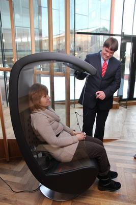 Чудо-кресло для прослушивания музыки