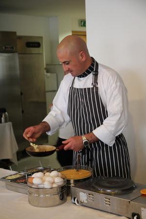 При желании повар приготовит замечательный омлет