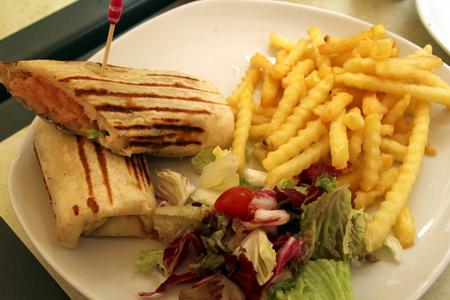 Сэндвичи с лососем