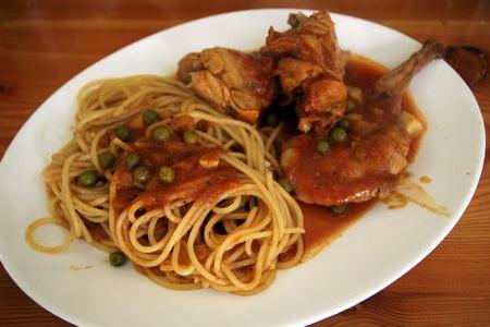 Кролик по-мальтийски со спагетти