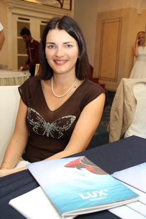 Наталья Гловер-Веббе (Natasha Glover-Webbe), руководитель службы продаж и маркетинга «LUX* Resorts» в России