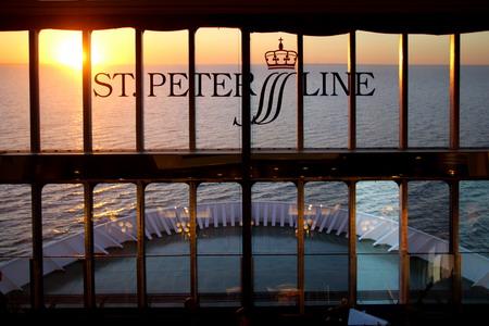 Романтика от «St.Peter Line»
