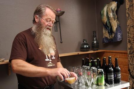 Перед началом дегустации следует выпить промышленного пива
