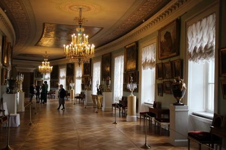 Интерьеры Павловского дворца