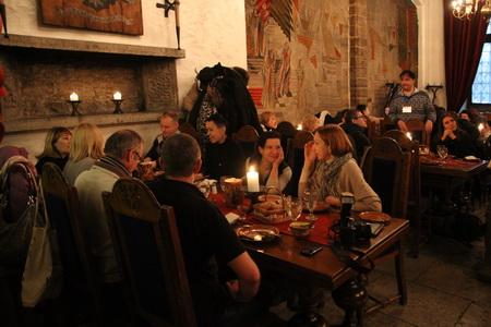 Интерьеры ресторана «Pepersack» возвращают в Средневековье