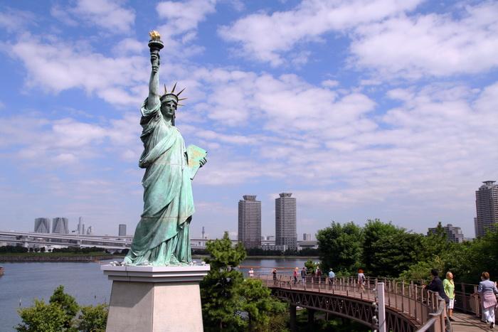 В Токио есть своя статуя свободы