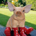 Свиньи… в сапожках
